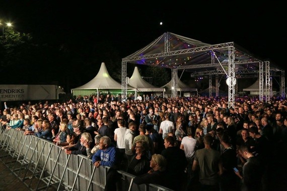 Pleinfeest tributenight